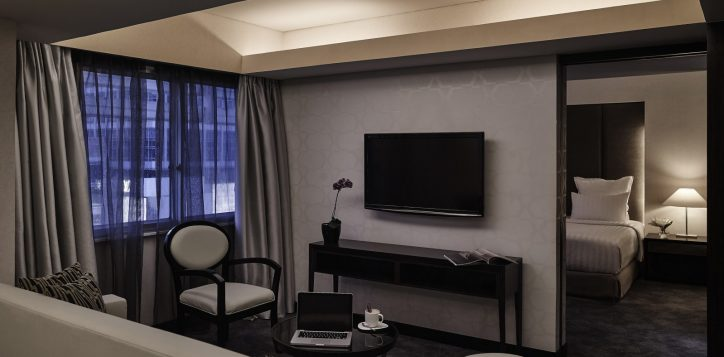 pullman-jakarta-indonesia-deluxe-apartment-2-hr-2