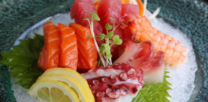 socmed-square-inroom-sashimi-01-2
